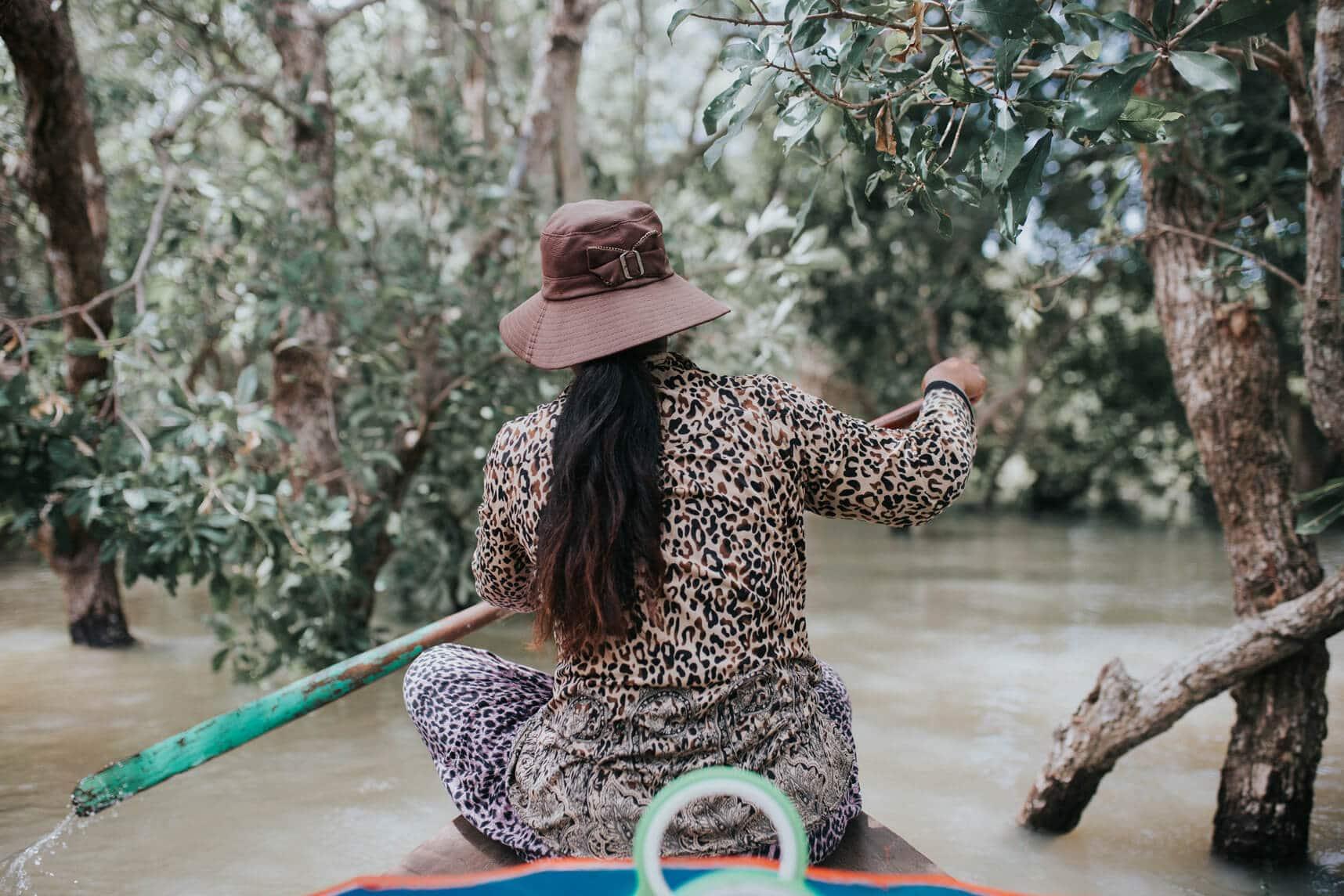 Camboya en Septiembre - flooded forest en Kompong Pluk