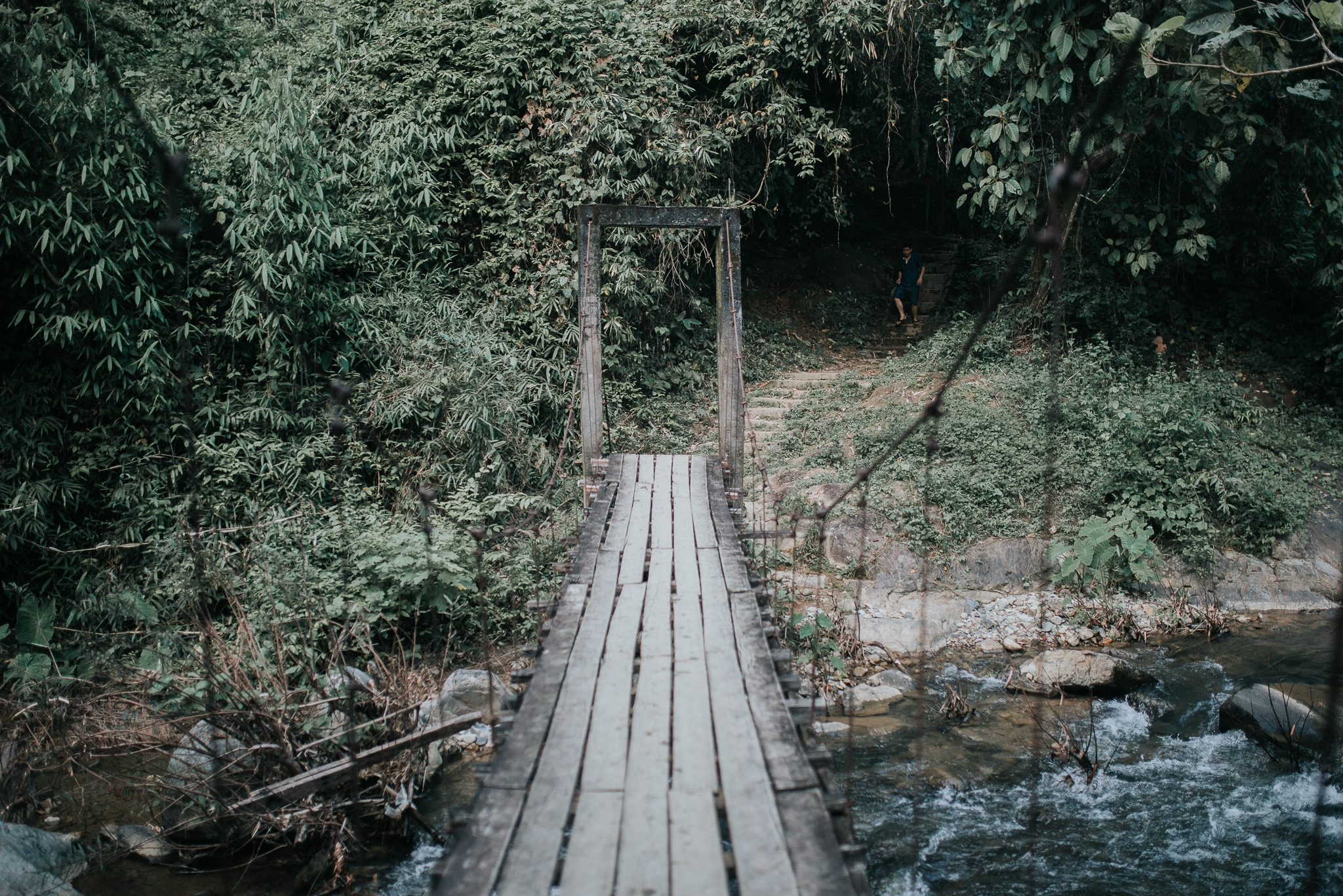 One week in Laos - Vang Vieng - Hanging bridge to Kaeng Nyui Waterfall