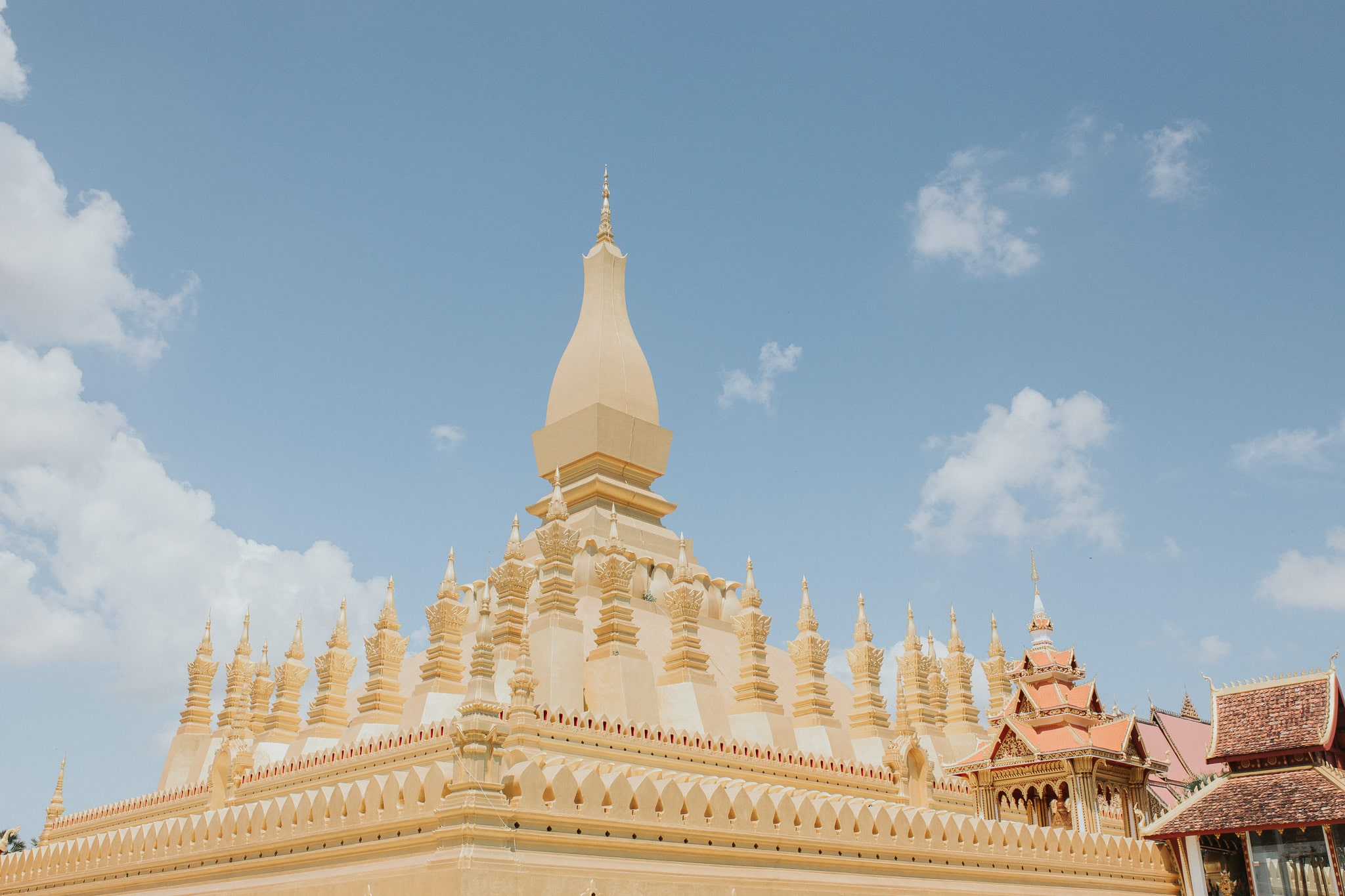 On week in Laos – Vientiane – Golden temple